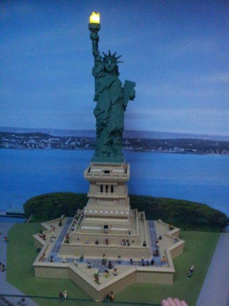 legoland statue of liberty