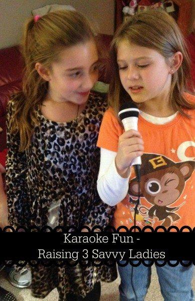 Karaoke Fun Raising 3 Savvy Ladies